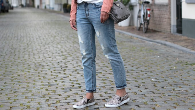 skinnies-and-slip-on-sneakers