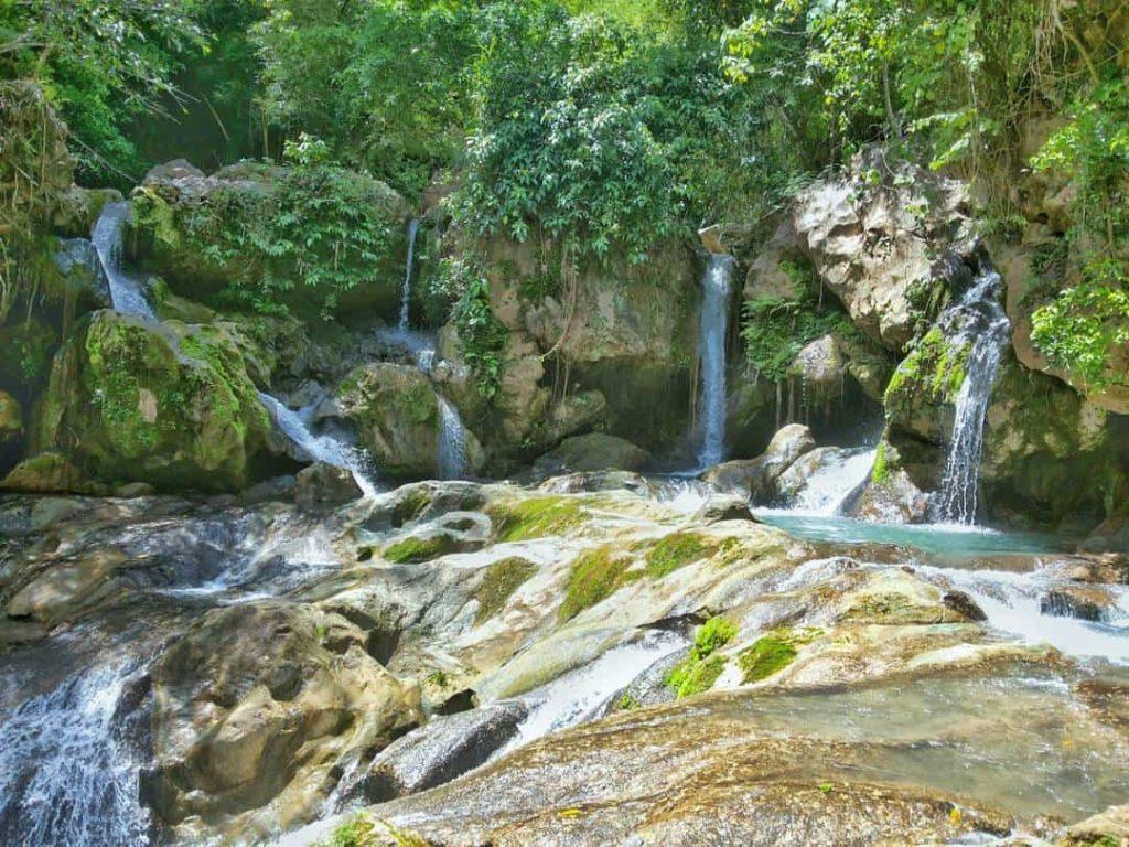 tinubdan falls
