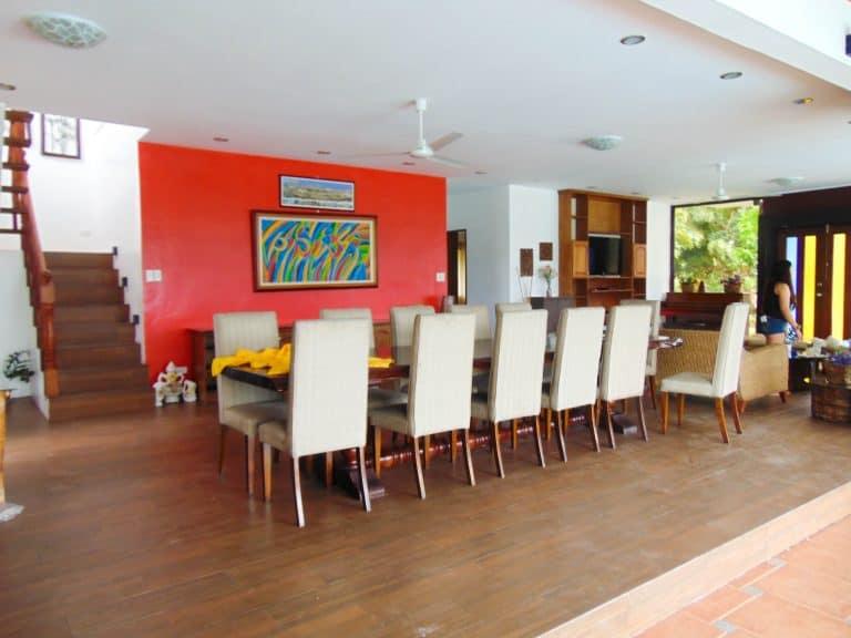 serenity-farm-and-resort-living-room-3