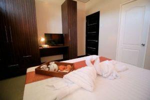 argao-royal-palms-room