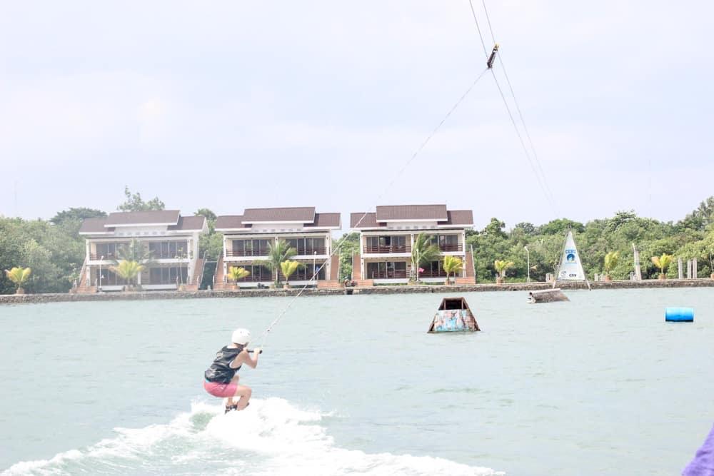 papakits-cebu-wakeboarding 2
