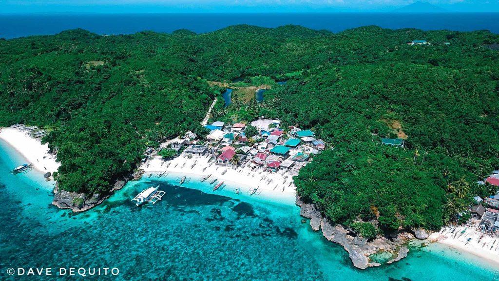 Carnaza Island Cebu Budget Traveling