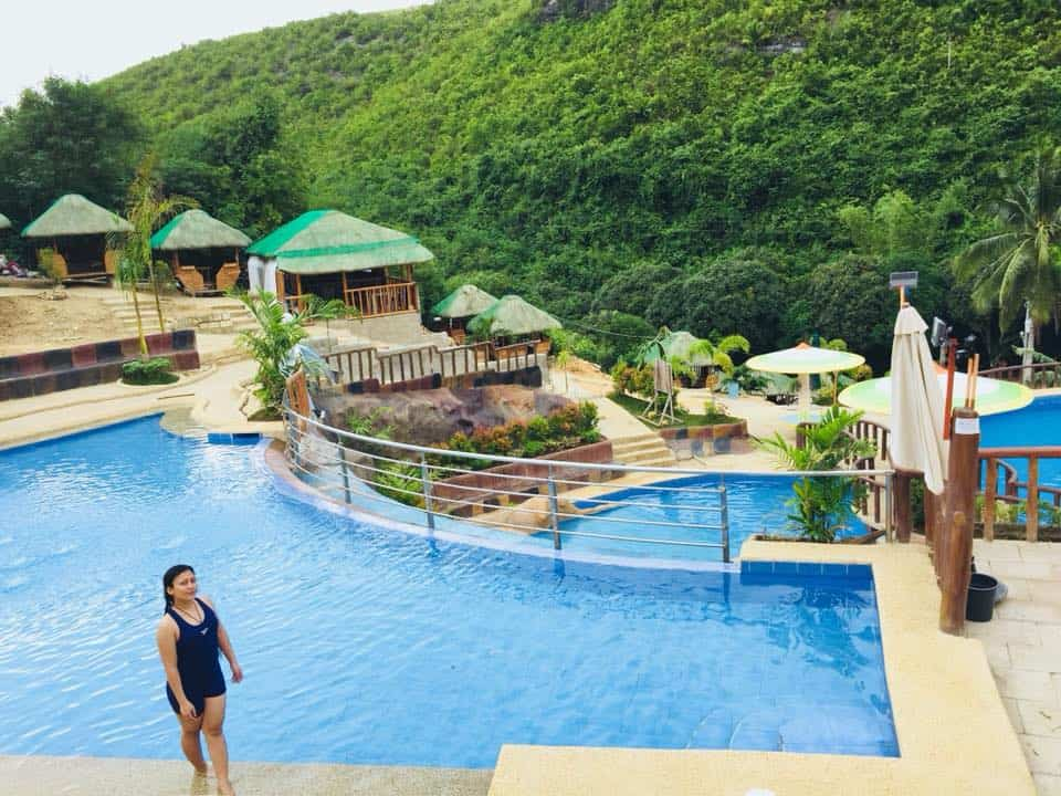 Paradise Hills Mountain Resort Compostela (5)