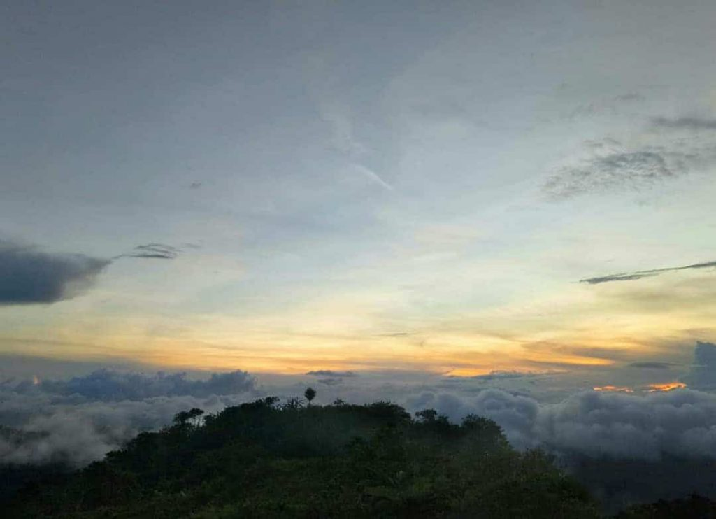 mt-mago-seaofclouds-cebu
