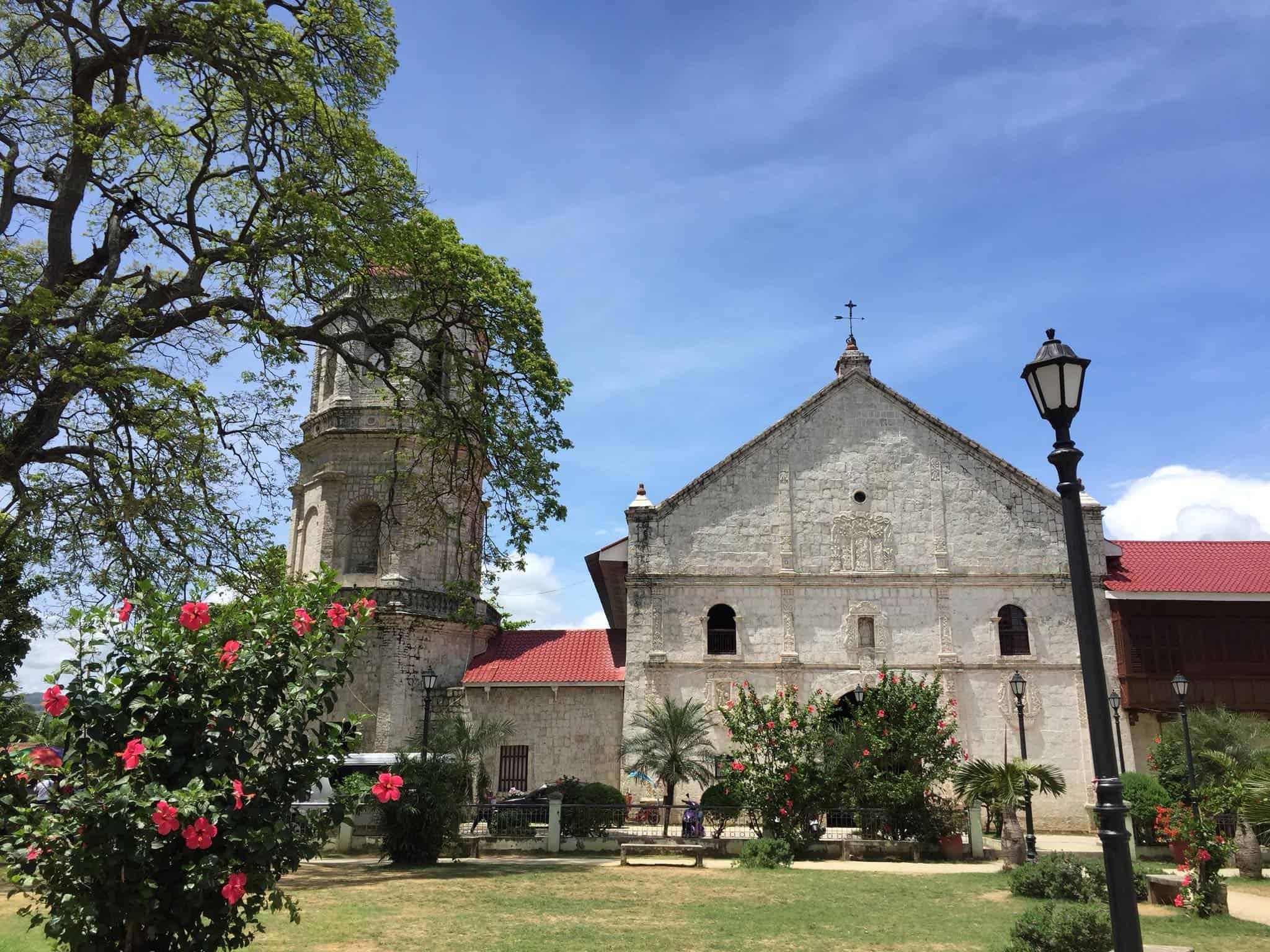 6 San Guillermo de Aquitania Church