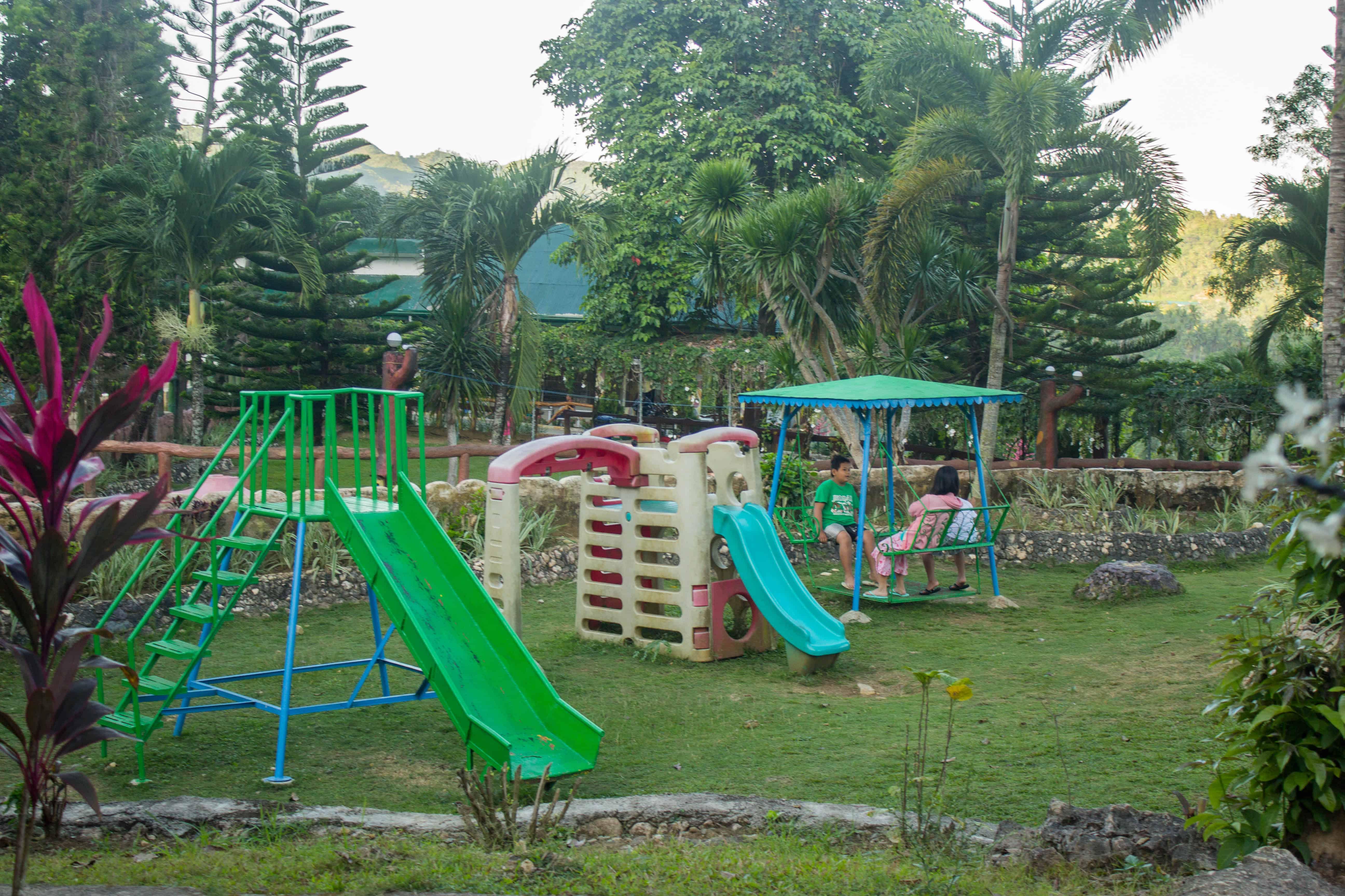 Hidden Valley Wave Pool Resort Pinamungajan Cebu (16)