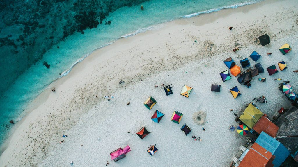 moalboal basdaku white beach 1