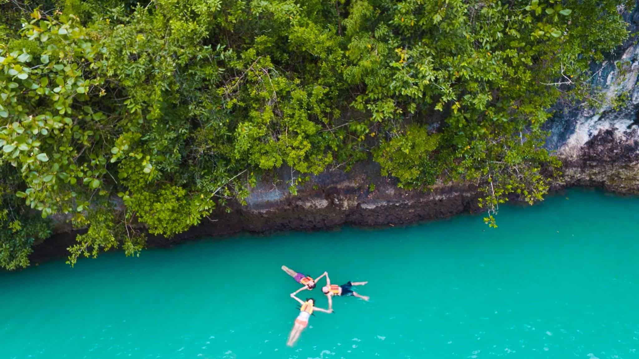Bojo River Aloguinsan Cebu (1)