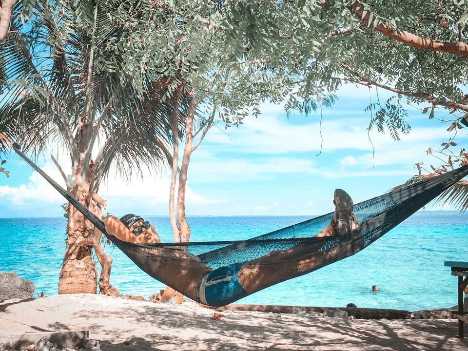 Kinatarcan Island (13)