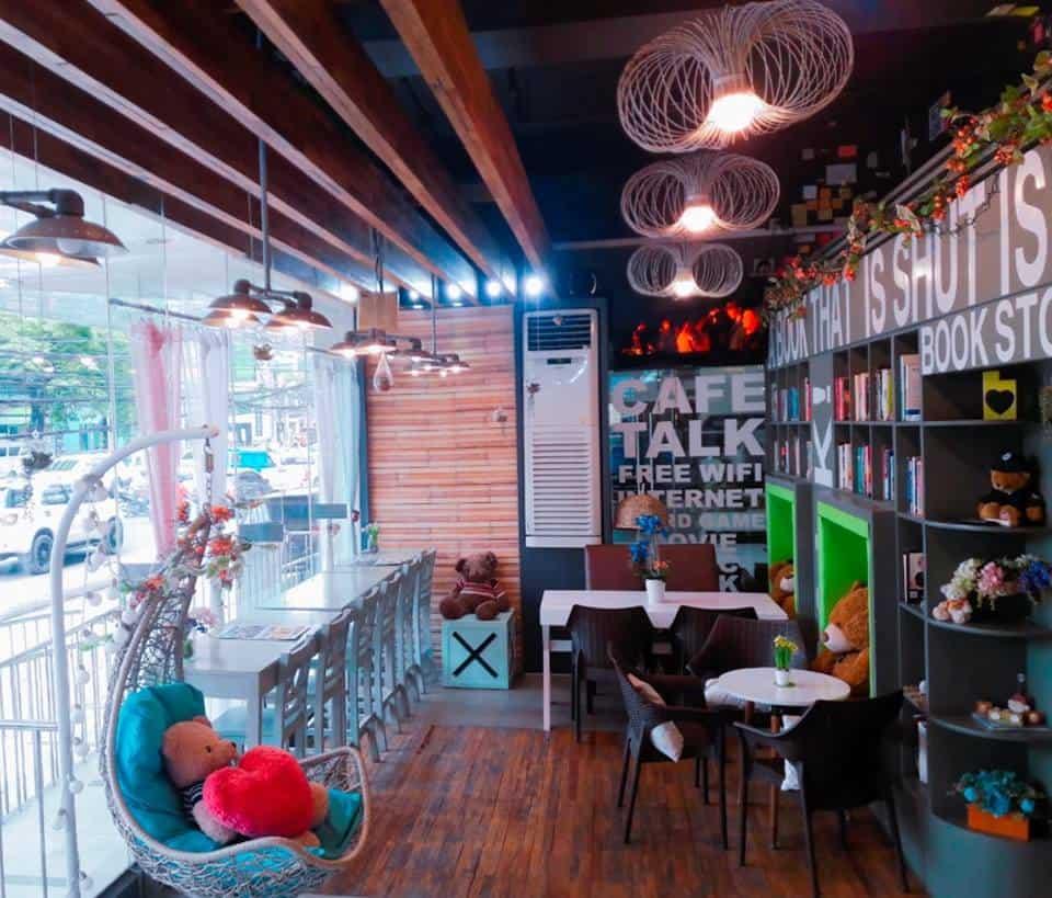 Cafe Talk Library Cebu (2)