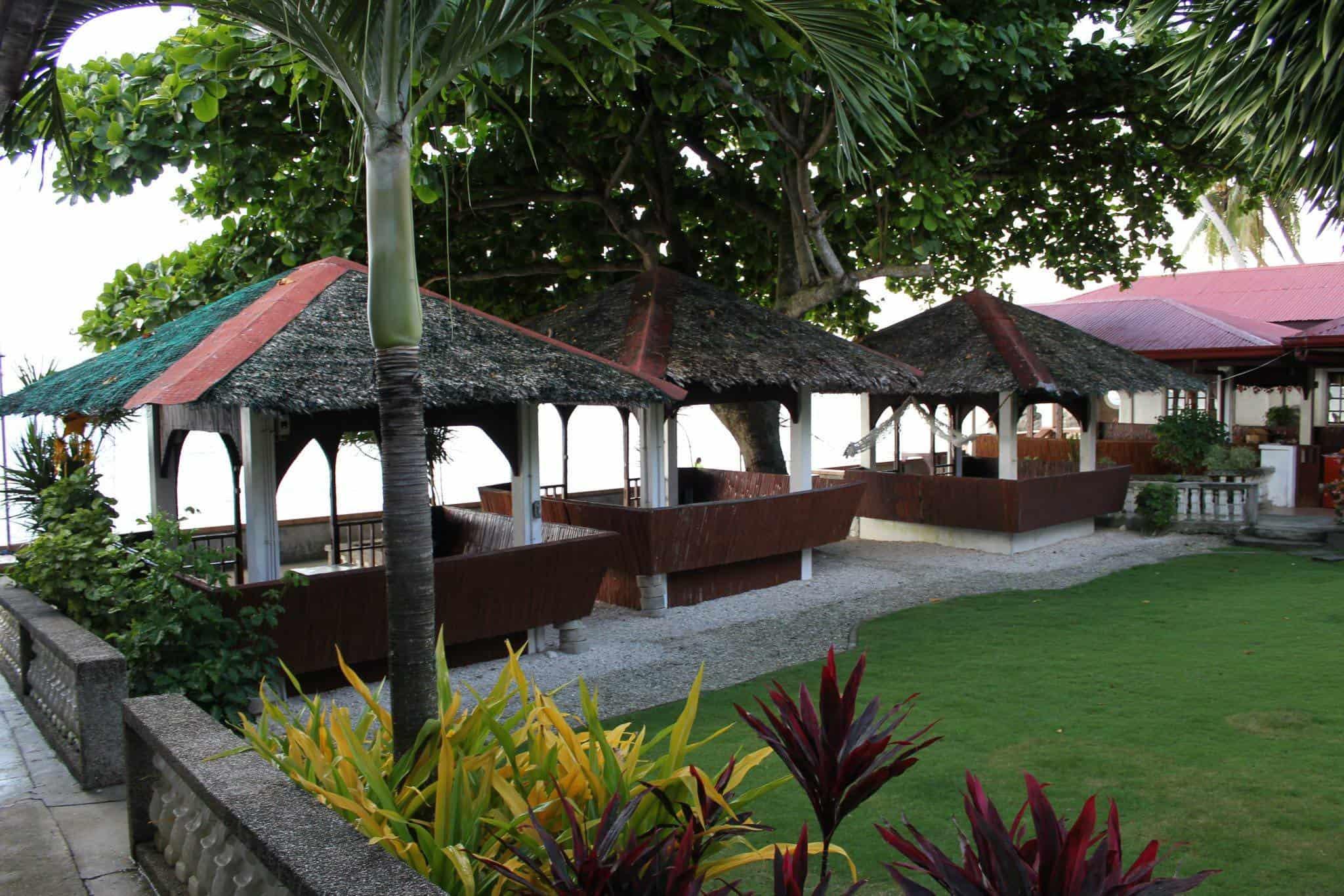La Familia Beach Resort Tabuelan (3)