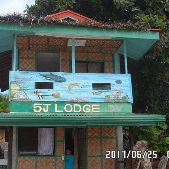 5J Escarpe Lodge & Beach Resort