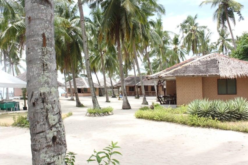 Budyong Beach Resort Bantayan Cebu (4)