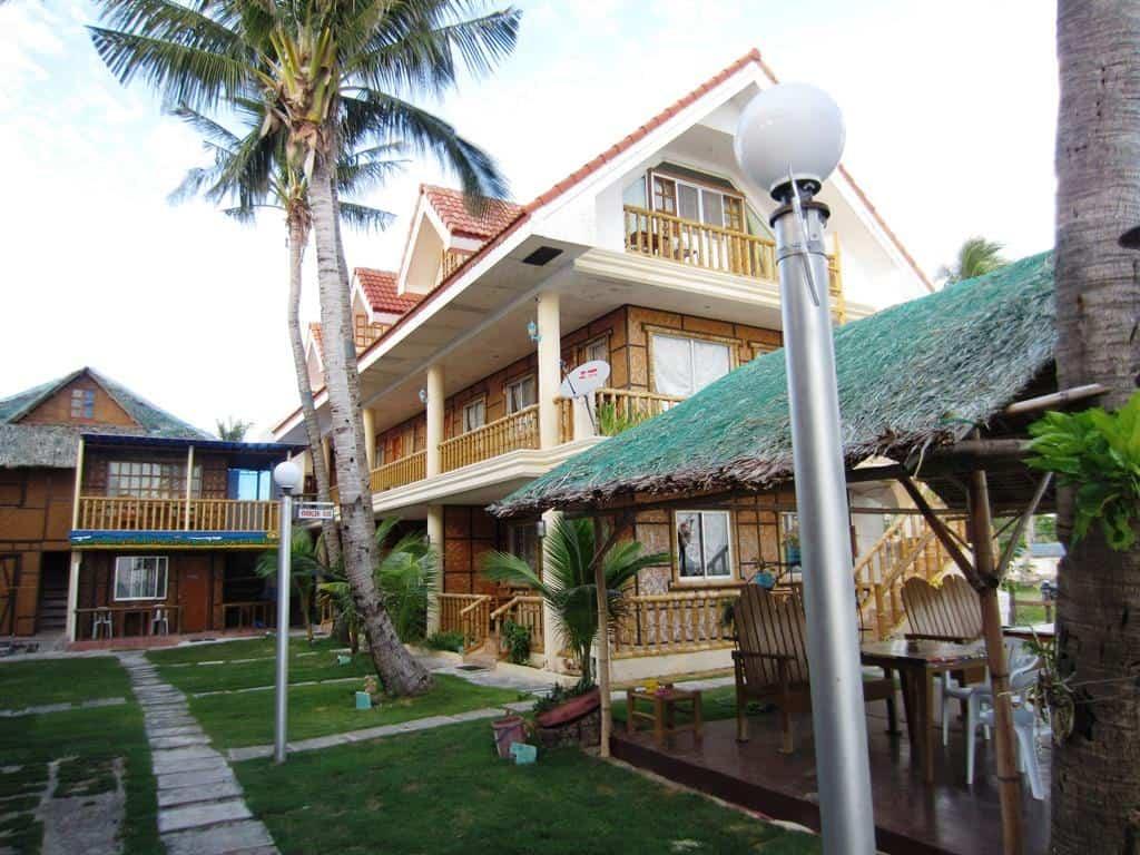 Yooneek Beach Resort Bantayan Cebu (4)