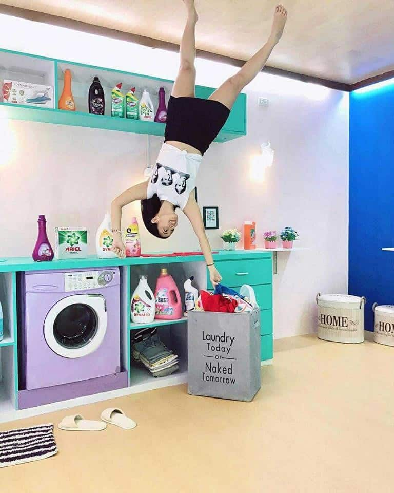 upsidedown-worldcebu-laundry