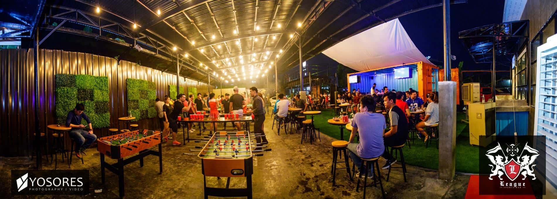 League Sports Bar Cebu (1)