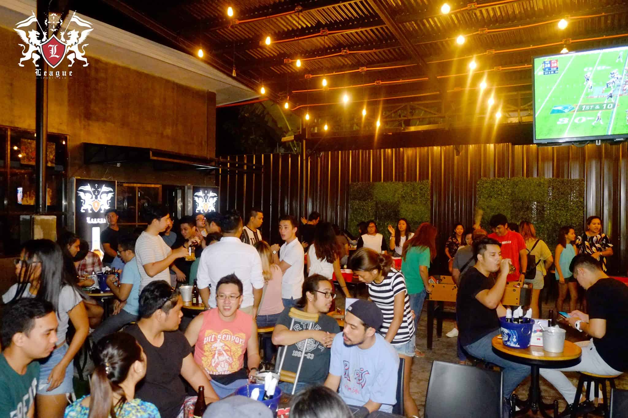 League Sports Bar Cebu (2)