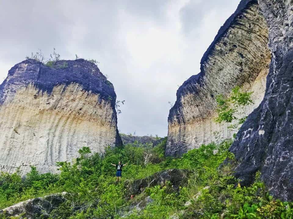 The Quarry Rock Formation Bantayan Cebu (6)