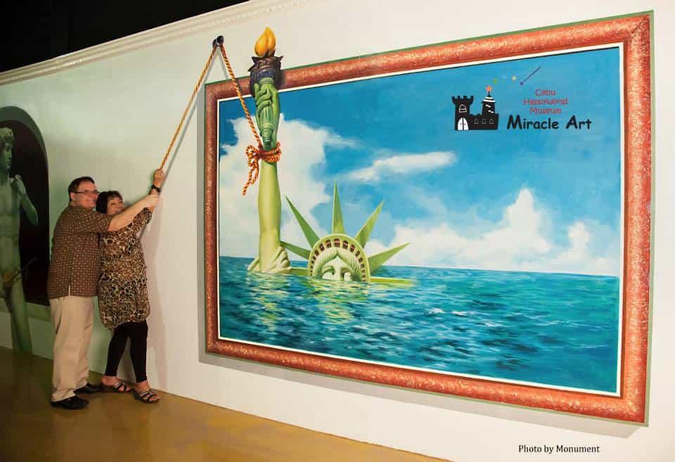 Cebu Happy World Museum - Famous Art (3)