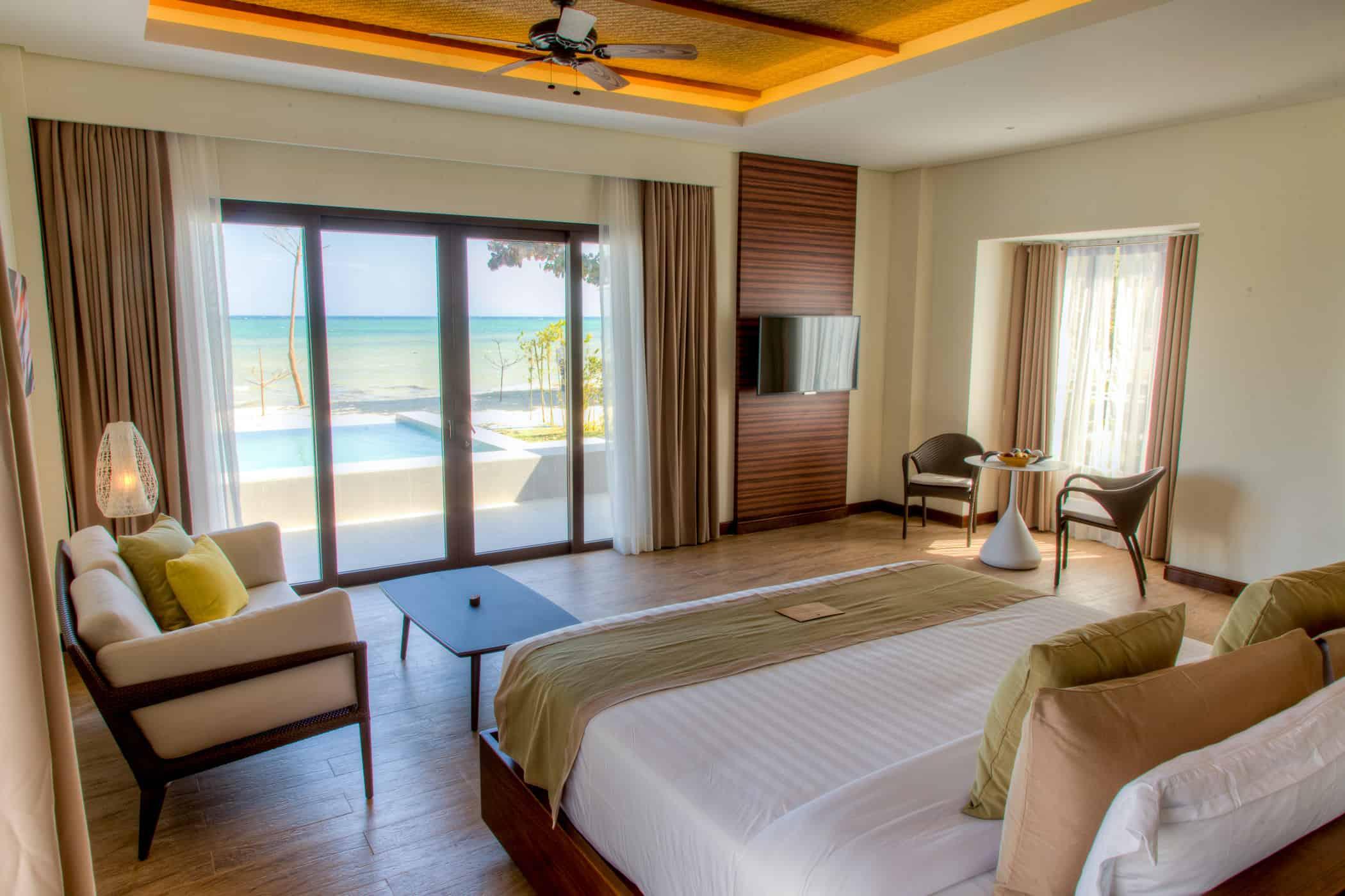 Kandaya Resort Room
