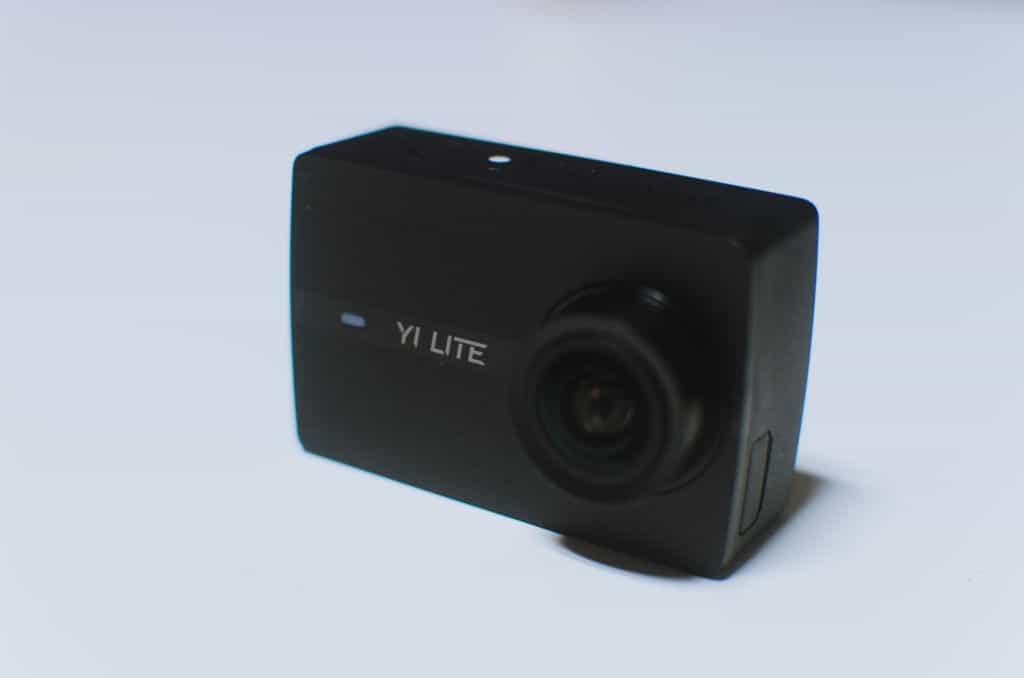 Yi Lite Action Camera (2)