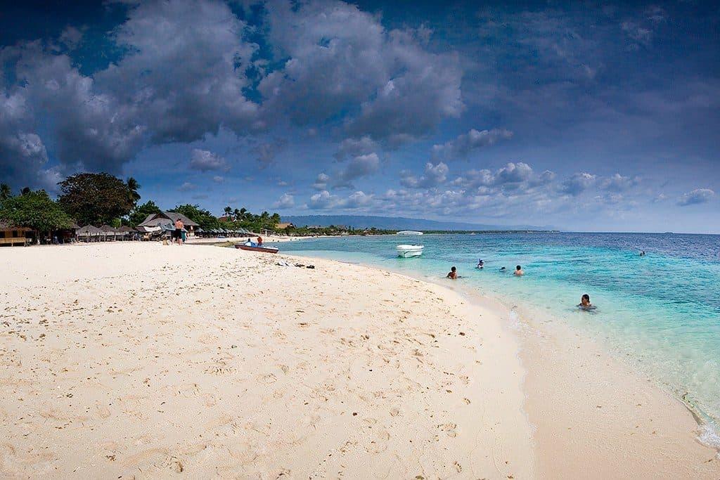 Basdaku Beach Moalboal (1)