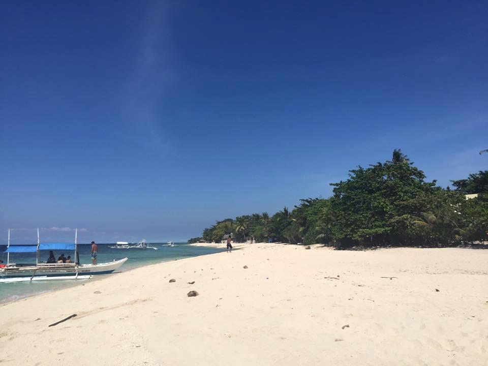Basdaku Beach Moalboal (2)