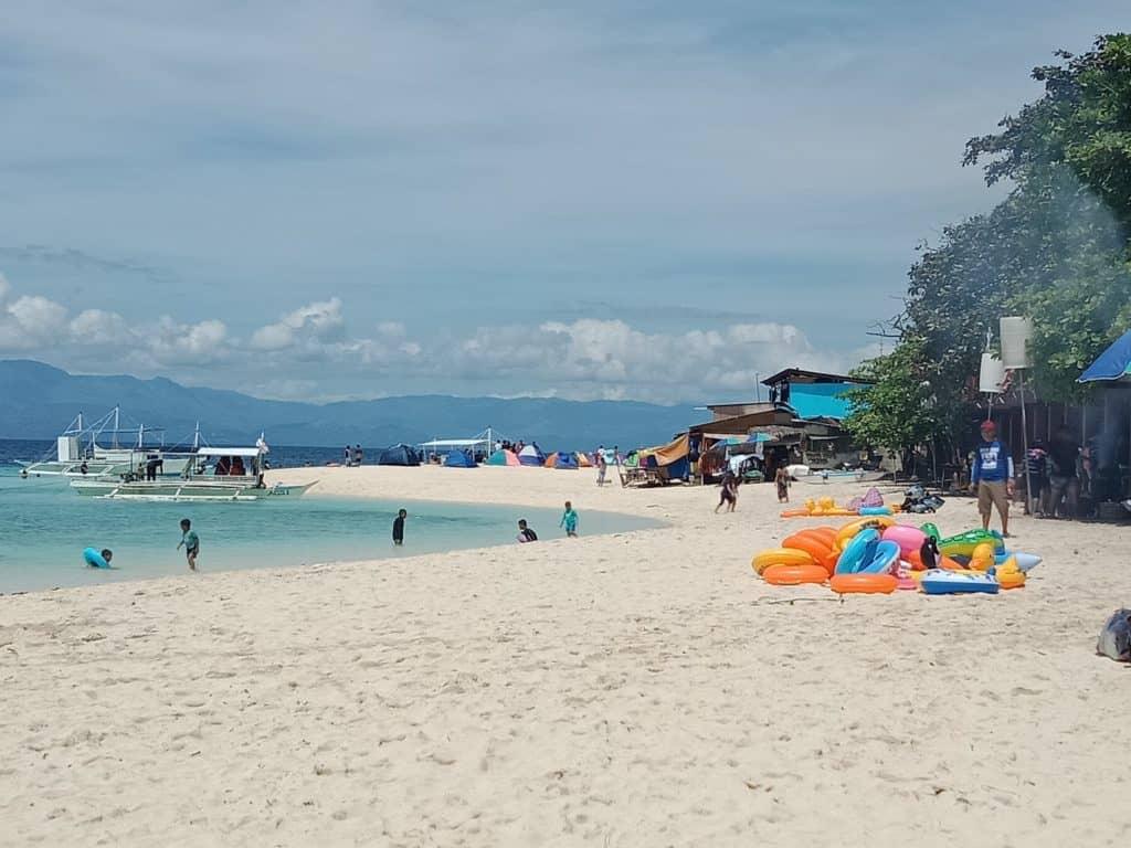 Basdaku Beach Moalboal (3)