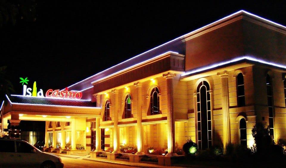 Mactan Isla Resort and Casino Cebu - Night Casino