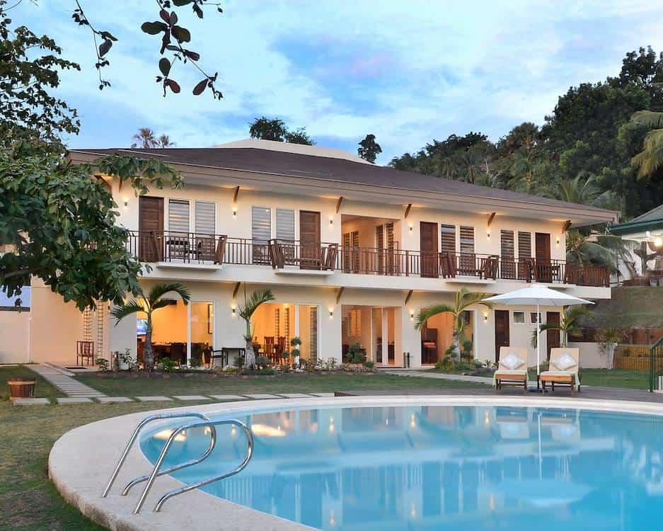 Allure Badian Beach Villa Resort (1)