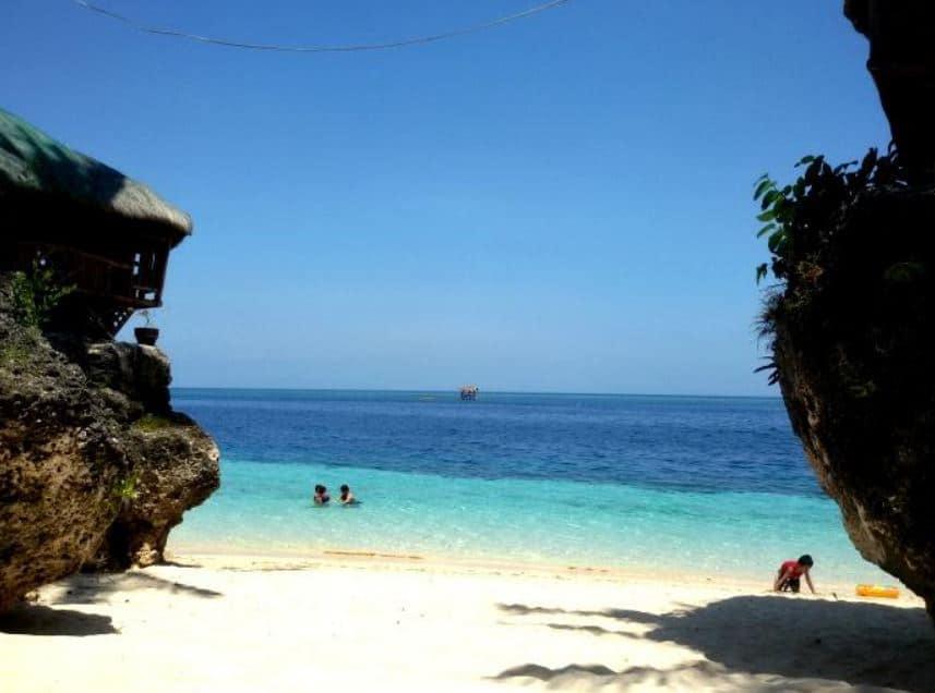 Voda Krasna Beach Alcoy Cebu (4)