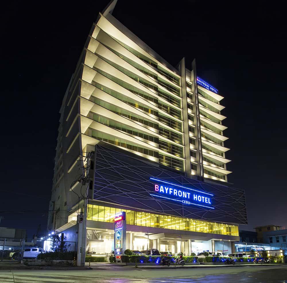 Bayfront Hotel Cebu - Facade1