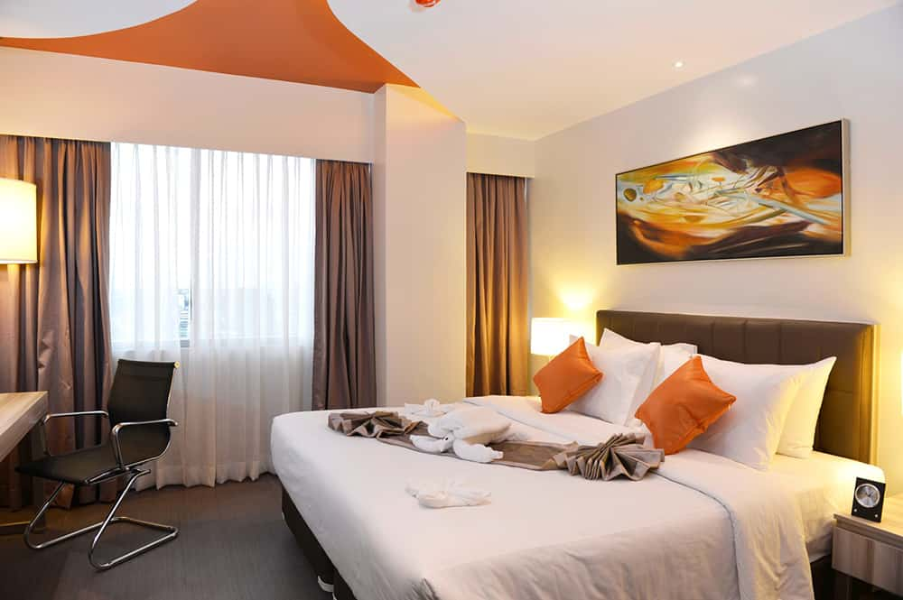 Bayfront Hotel Cebu - ROOM Suite Room 1