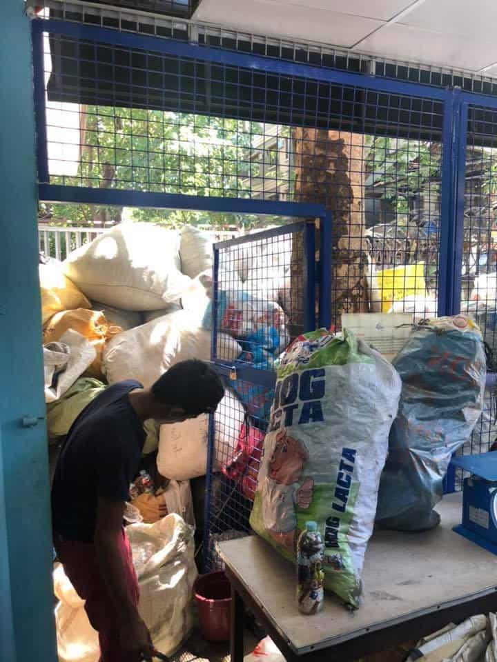 Cebu Plastic Barter Store (5)