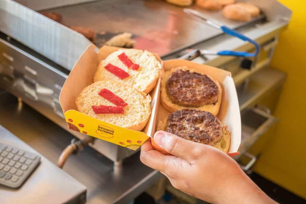 Minute Burger Cebu (28)