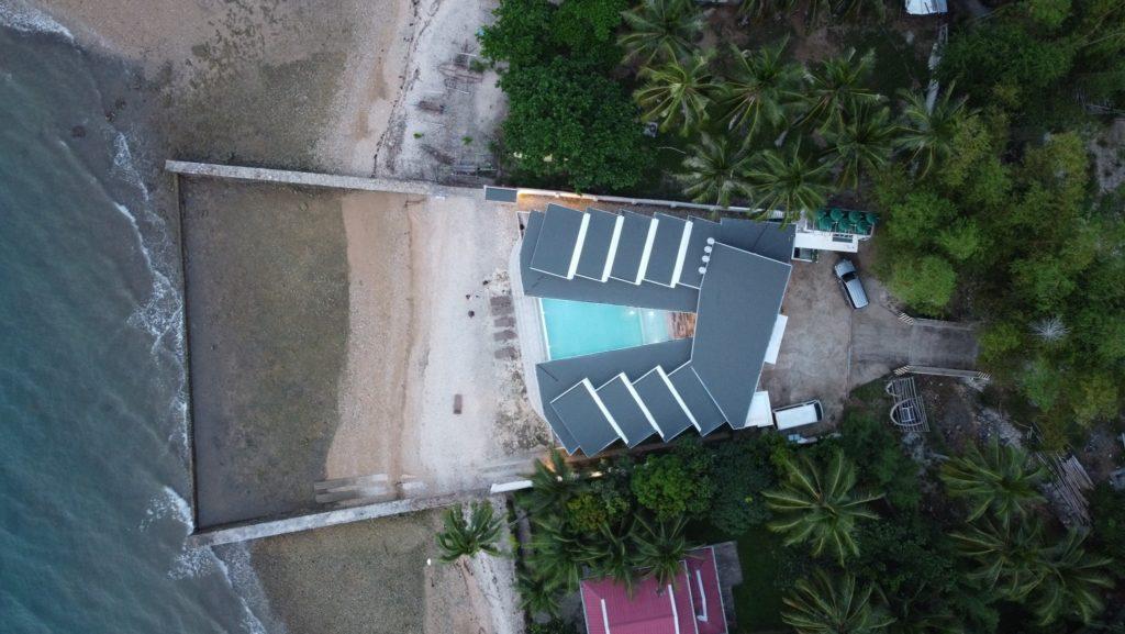 Alegria-Water-Front-Beach-House-Motor-Ta-Bai